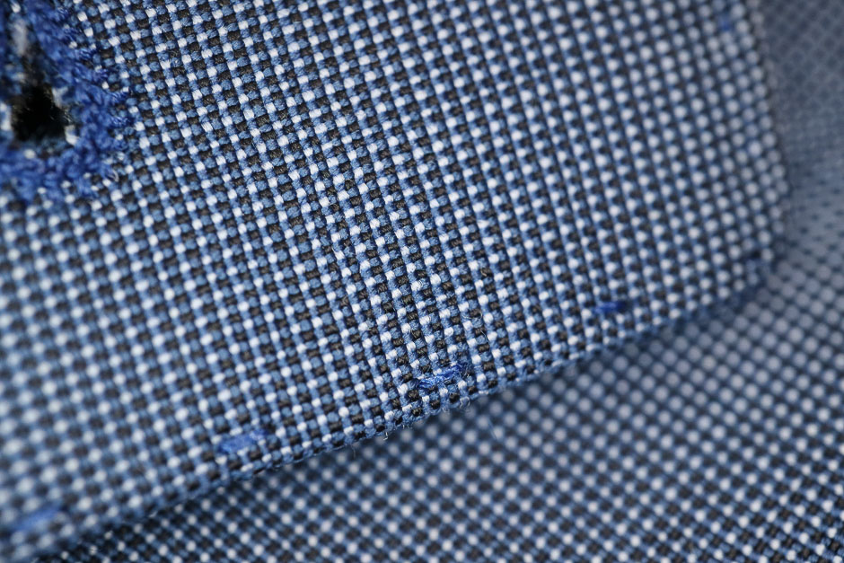Anzug für Herren Verabeitung der Nähte